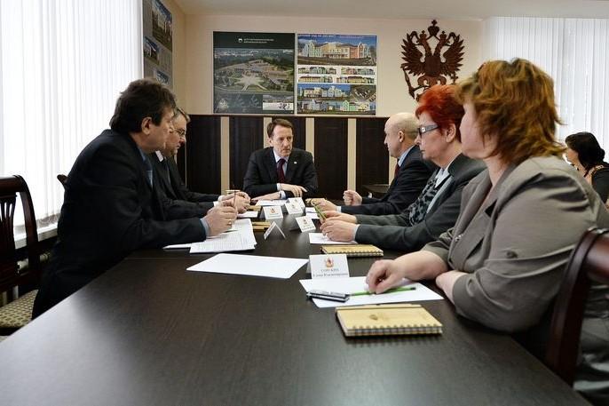визит губернатора в бобров