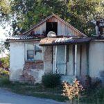 дом под снос на школьной